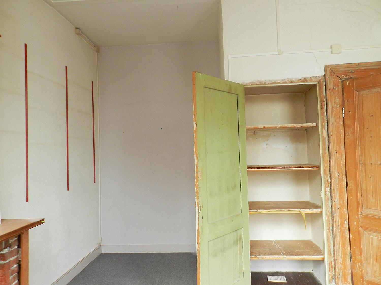 appartement 1e verdieping voor verbouwing