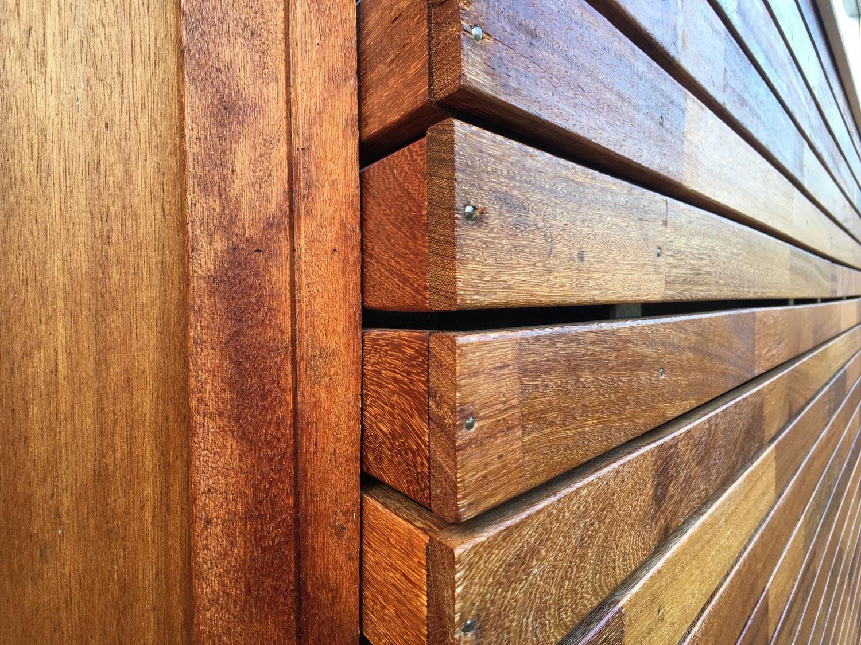 bevestigen van houten gevelbekleding